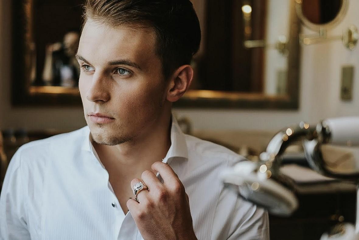Ragam Aksesoris dan Perhiasan Pria untuk Menunjang Penampilan