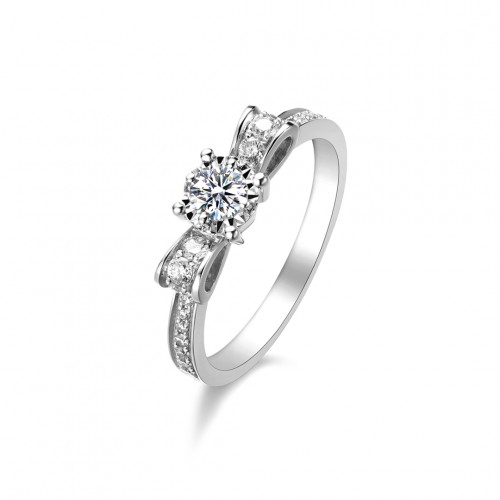 Ribbon Solitaire Ring with Side Diamonds